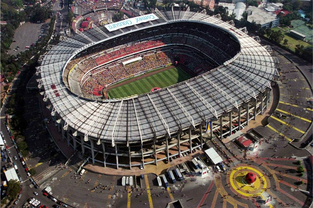 Ubicación: Ciudad de México, México Capacidad: 87,000 Equipo: América, Cruz Azul, Selección Mexican Cortesía