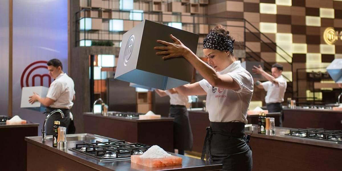 MasterChef Profissionais: competidores encaram prova em que precisam cozinhar sem sal