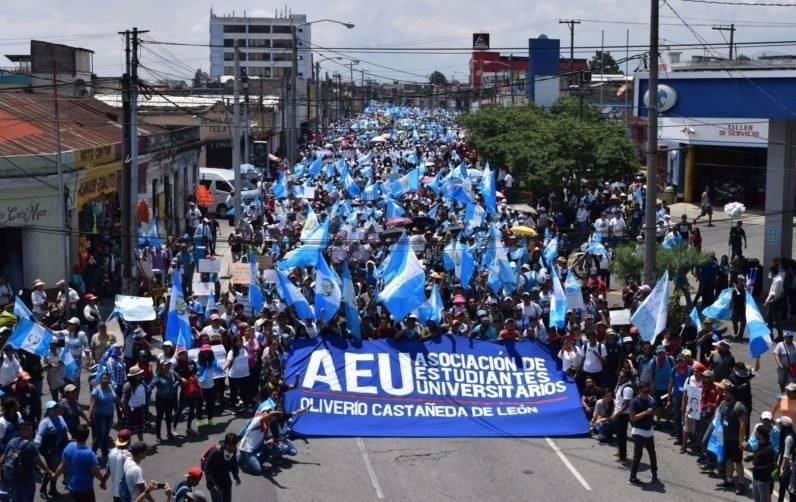 manifestación de la AEU