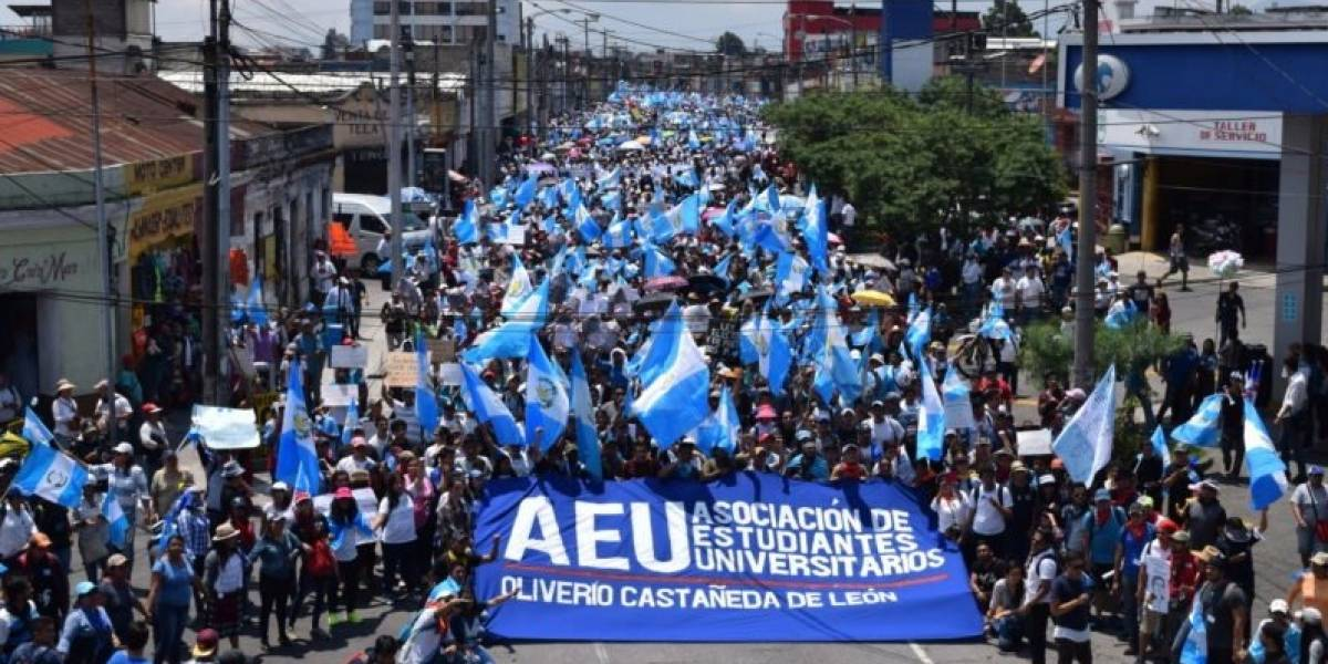 Centros universitarios, organizaciones y colectivos se unen a movilización convocada para este jueves