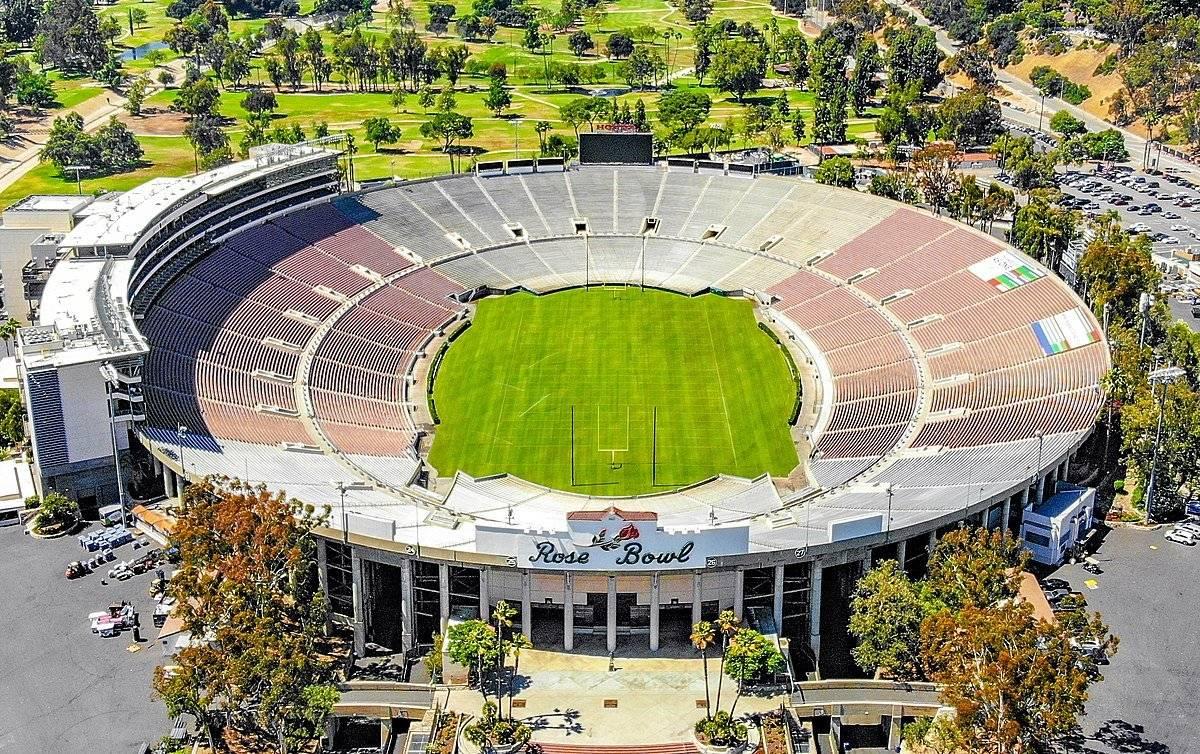 Ubicación: Pasadena, California, EU Capacidad: 92,500 Equipo: UCLA Bruins Cortesía