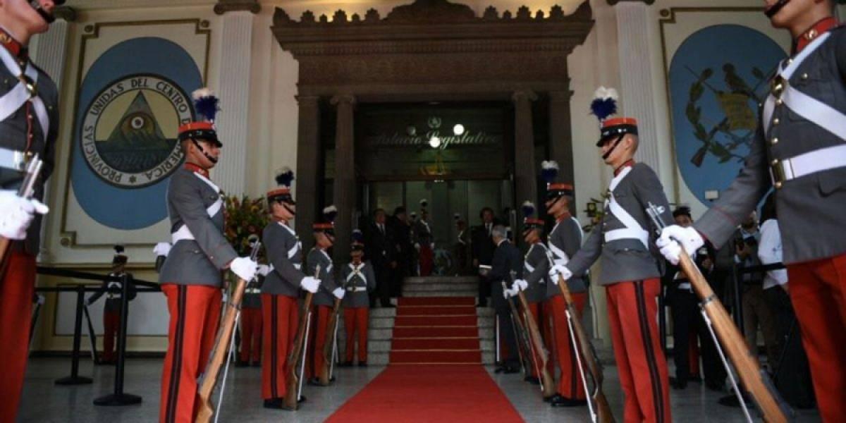 Congreso interpone un amparo para que se garantice la seguridad de diputados