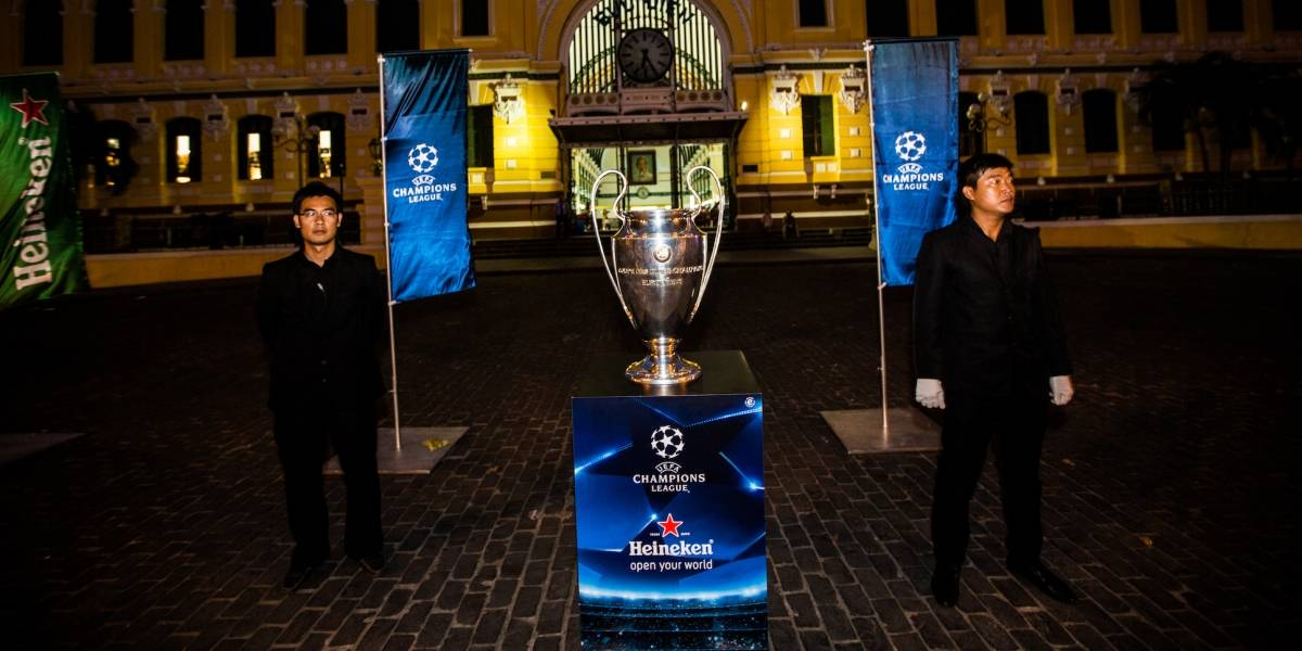 Habrá un tercer torneo de UEFA, además de Champions y Europa League