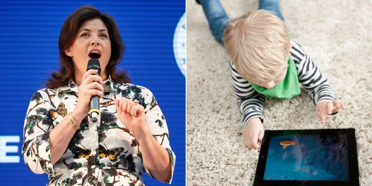 """""""Hice pedazos sus iPads"""": la polémica medida de una madre ante la desobediencia de sus hijos (y otras ideas de crianza de Kirstie Allsopp)"""