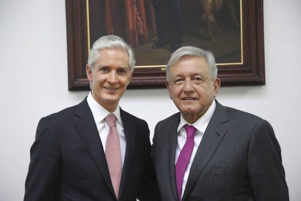 AMLO junto al gobernador del Estado de México, Alfredo del Mazo Foto: Especial