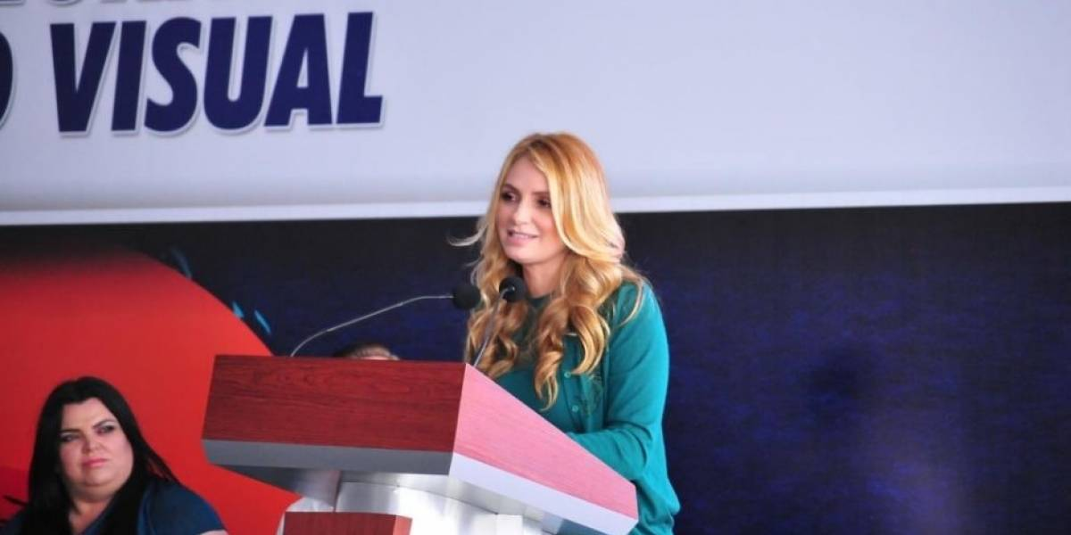 Angélica Rivera inaugura Centro de atención visual en Puebla