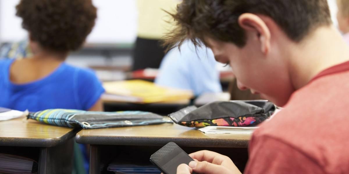 México: En Coahuila analizan prohibir el uso de celulares en salones de clases