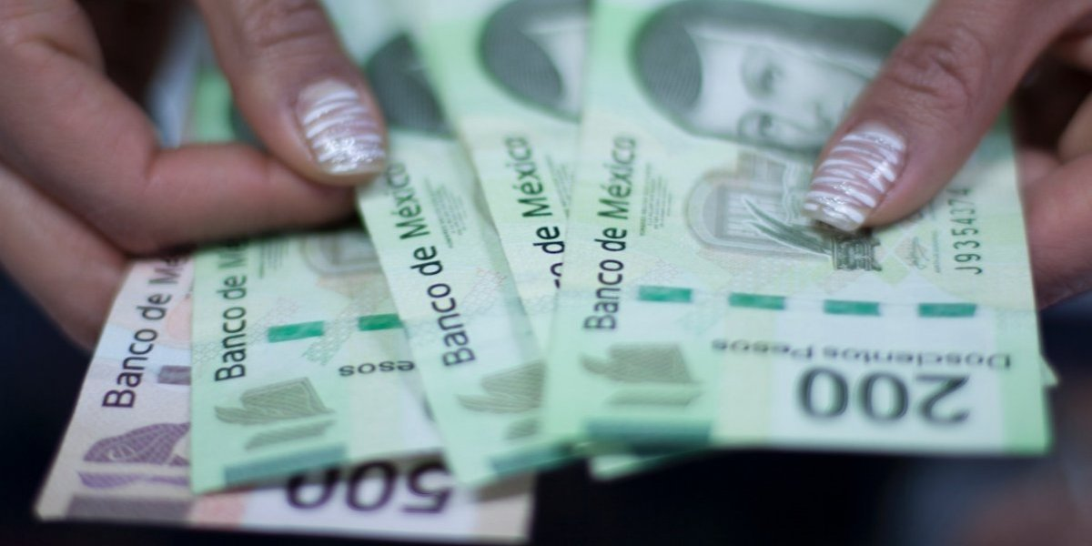 Hacienda congela cuentas de universidad estatal por lavado de dinero