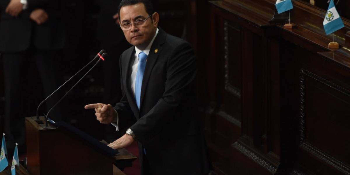 Carrillo pide que se inicie proceso de antejuicio contra el Presidente
