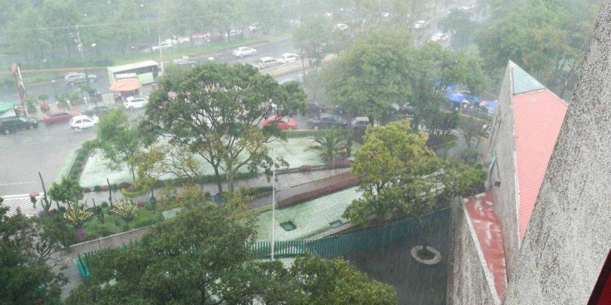 Fuerte lluvia genera caos en cuatro delegaciones
