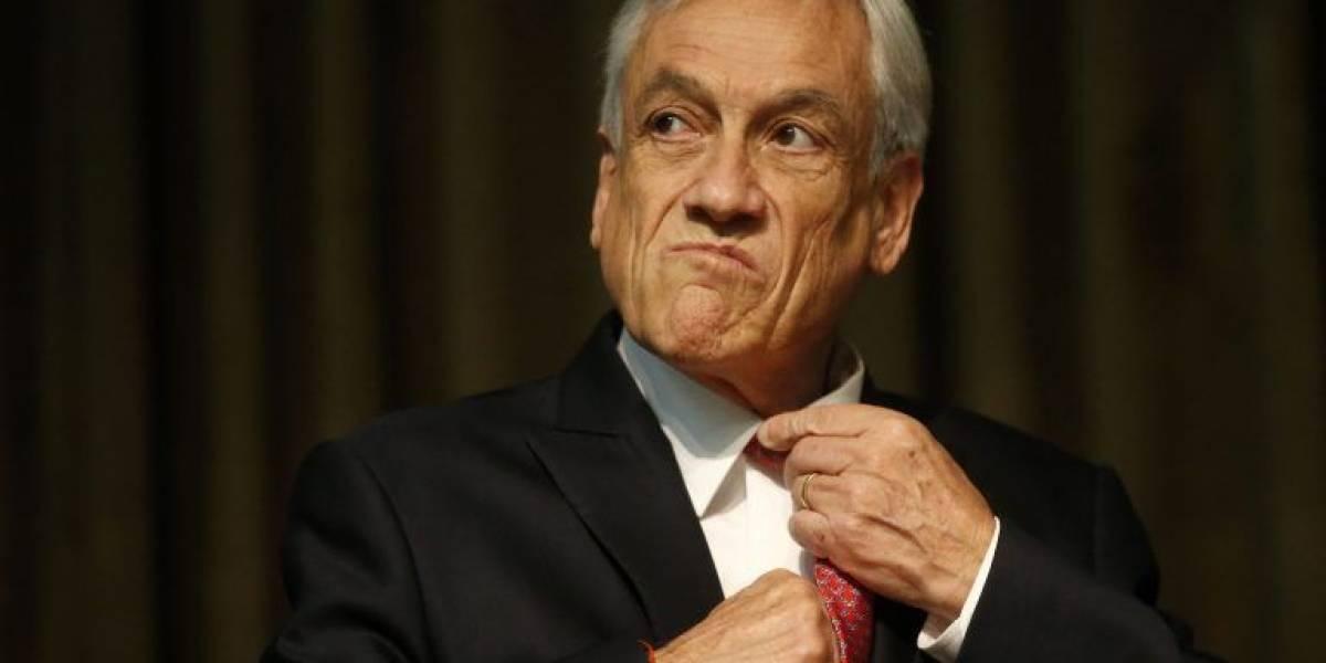 Piñera explica lo de la bandera con Trump; queda peor