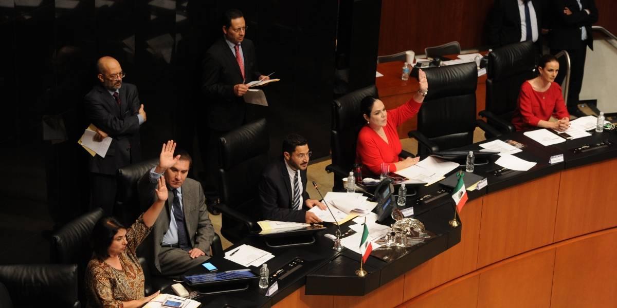 "Senadores se aprueban ""botanas"" para sesiones largas"