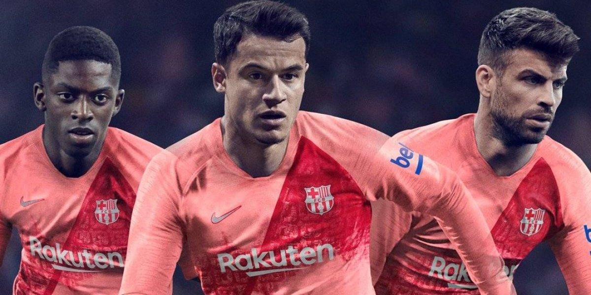 Tercer uniforme del Barcelona es rosa y rinde homenaje a la ciudad