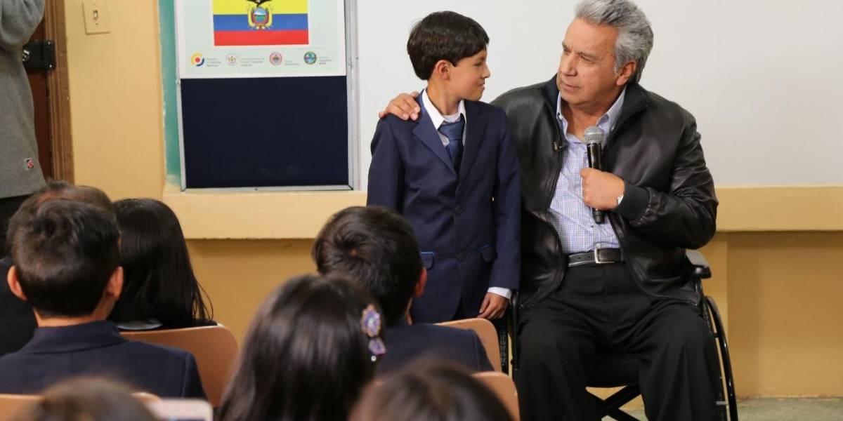 Charla de Lenín Moreno sobre cívica y valores se viraliza