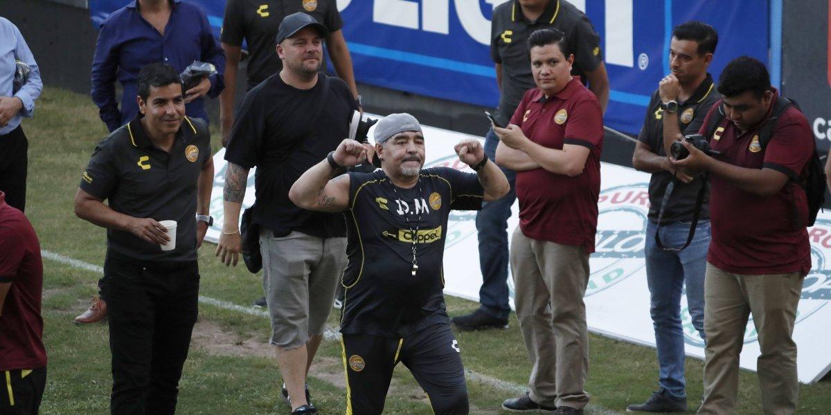 Diego Maradona sumó el primer problema en su nueva etapa en Dorados de Sinaloa