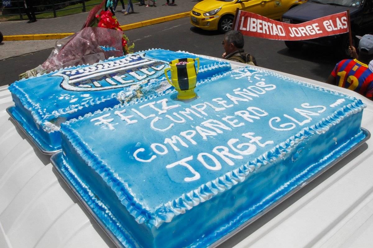 El pastel que le hicieron sus simpatizantes a Jorge Glas por su cumpleaños API