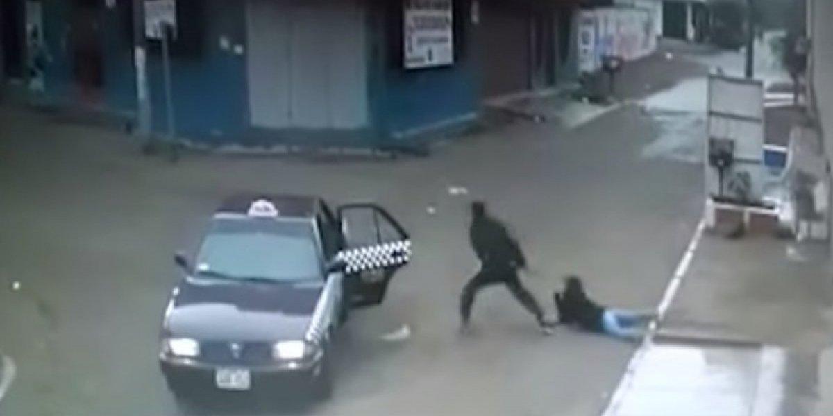 VIDEO. Cámaras de vigilancia graban violento asalto a mujer en Perú