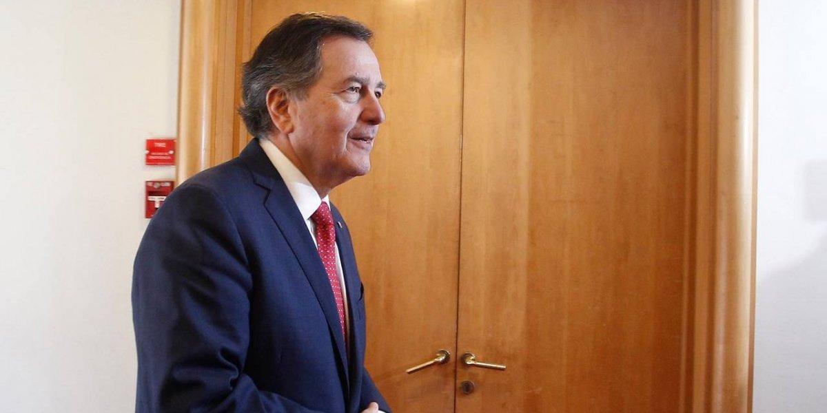 Chile escoge bando en la guerra comercial: ministro Ampuero está en China para fortalecer el comercio mutuo en medio de las tensiones internacionales