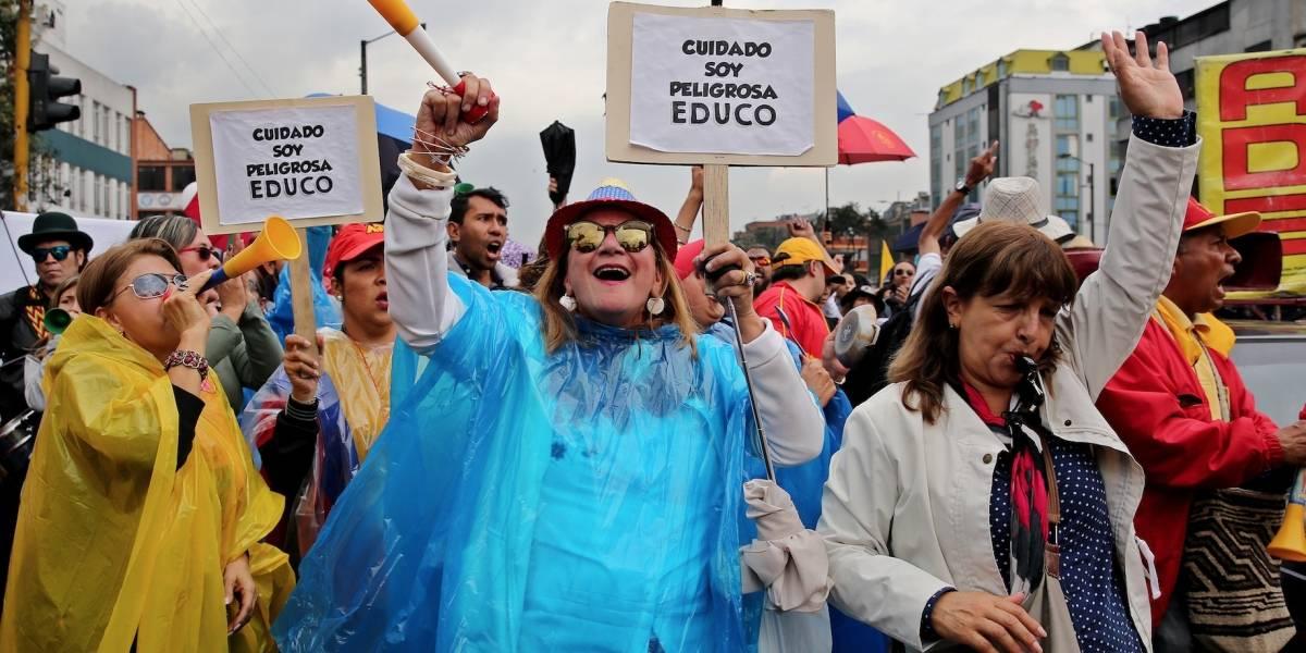 Profesores colombianos protestarán este jueves contra proyecto de ley
