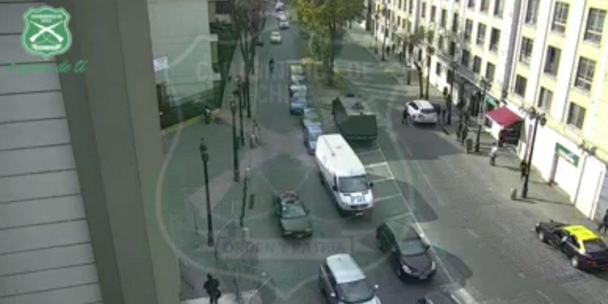 Con este video buscan al responsable de arrastrar a Carabinero por 50 metros para evadir control policial