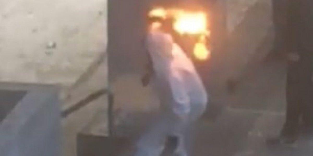 """General Soto por cinco carabineros lesionados en incidentes del Liceo de Aplicación: """"Uno tuvo el peligro de quemarse vivo"""""""
