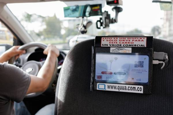 suspenden implementación de Taxi Inteligente en Bogotá