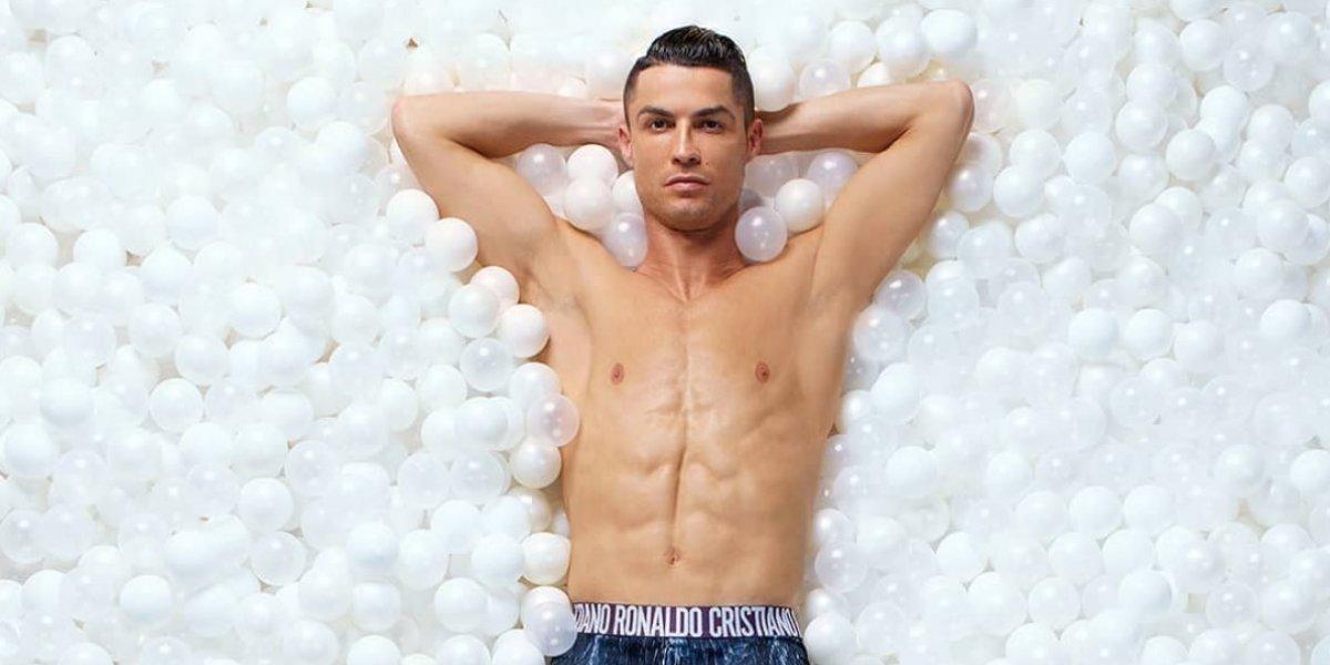 Cristiano Ronaldo modela nueva edición de su línea de ropa interior