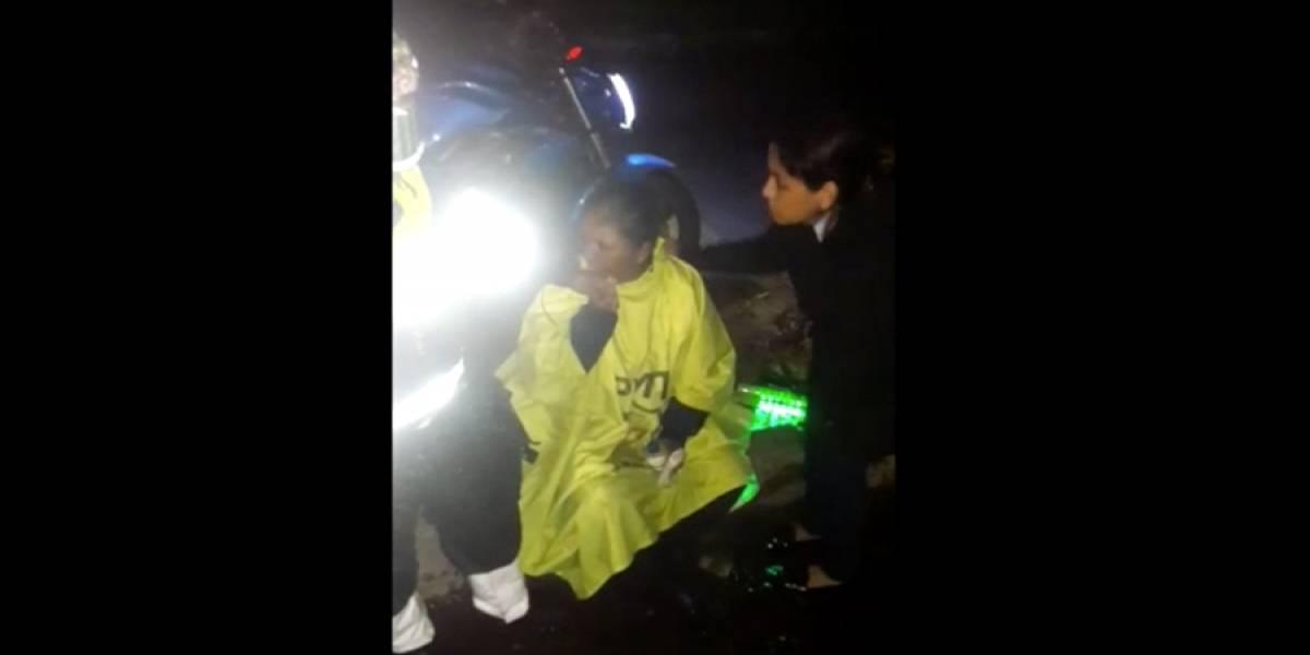 VIDEO. Conductor aparentemente ebrio atropella a agentes PMT en Boca del Monte