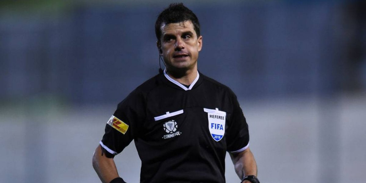 Árbitro uruguayo dirigirá la ida entre Colo Colo y Palmeiras por la Copa Libertadores