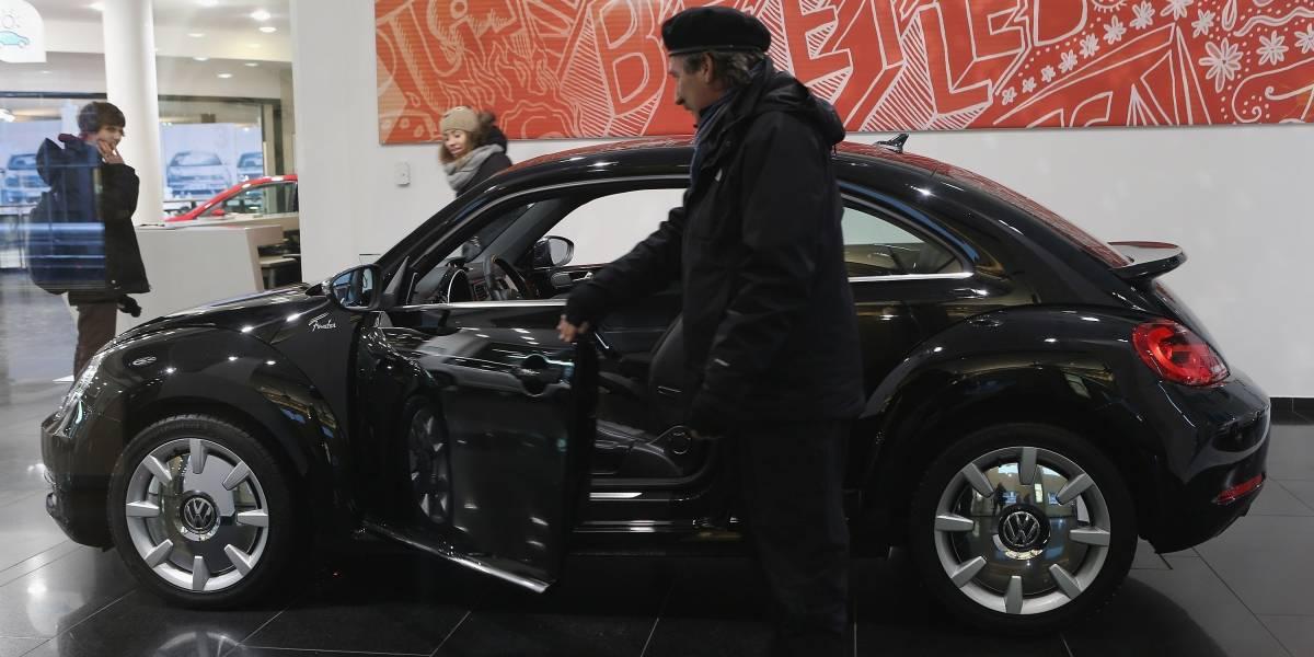 Volkswagen descontinúa después de 70 años el Escarabajo