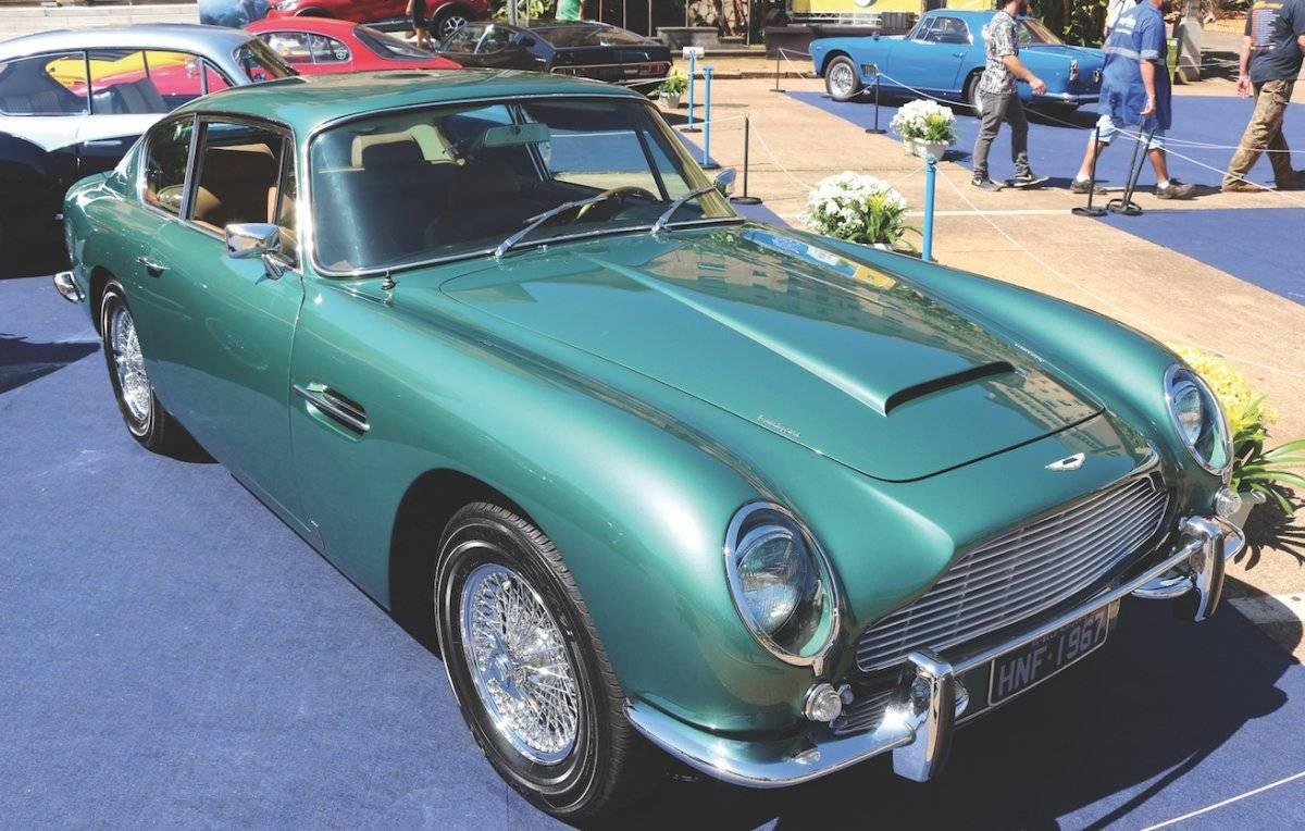 Aston Martin DB6 1967 ficou famoso após ser usada pelo personagem James Bond | Alexandre Carneiro/AutoPapo