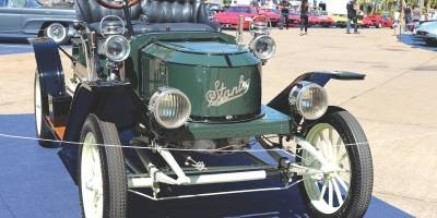 Stanley Steamer 1910 é movido a vapor