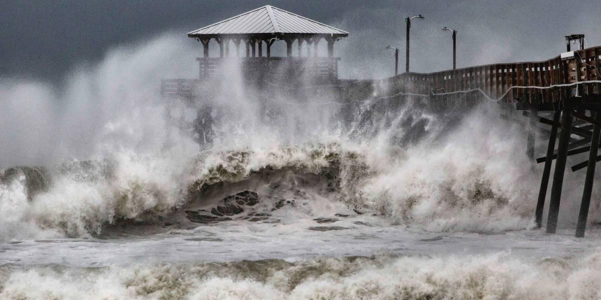 Vientos y lluvia de Florence comienzan a azotar Las Carolinas