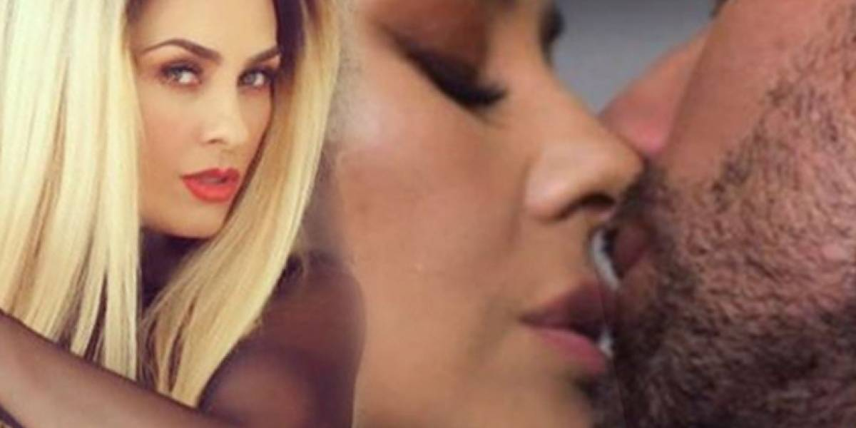 El beso de Aracely Arámbula que causó revuelo en redes sociales