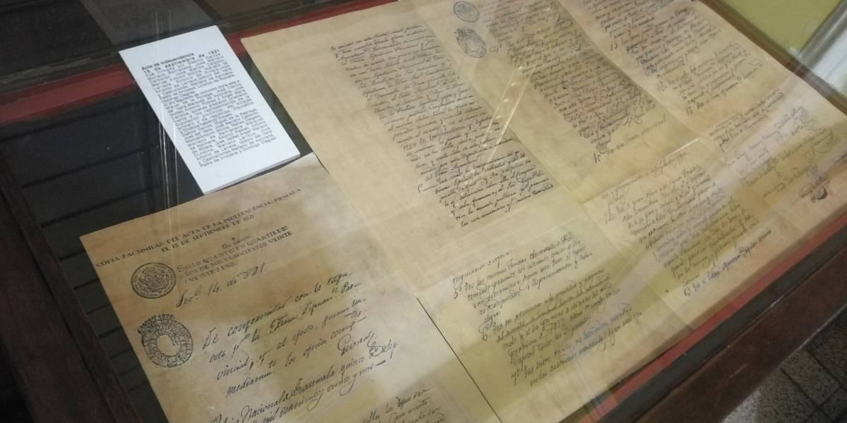 Así es el acta independencia de Guatemala, que declara una patria libre