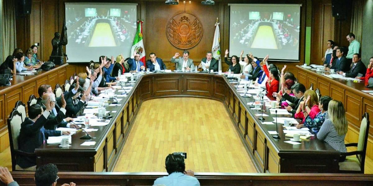 Cabildo de Monterrey irá contra Margarita Arellanes