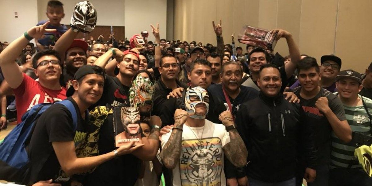 VIDEO: Inauguran Expo Lucha Libre con invitados especiales