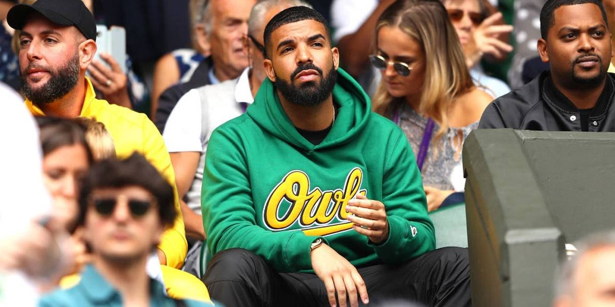 Tchau, Kiki! Romântico, Drake fecha restaurante para encontro com modelo de 18 anos