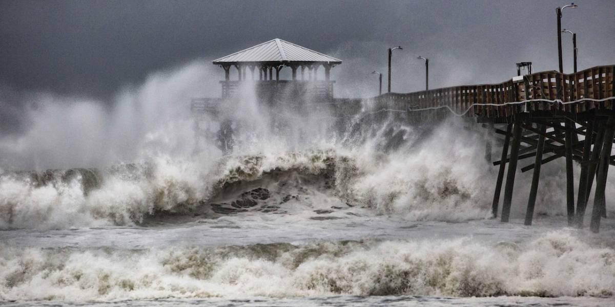 Florence toca tierra en la costa de Carolina del Norte y causa 5 muertes