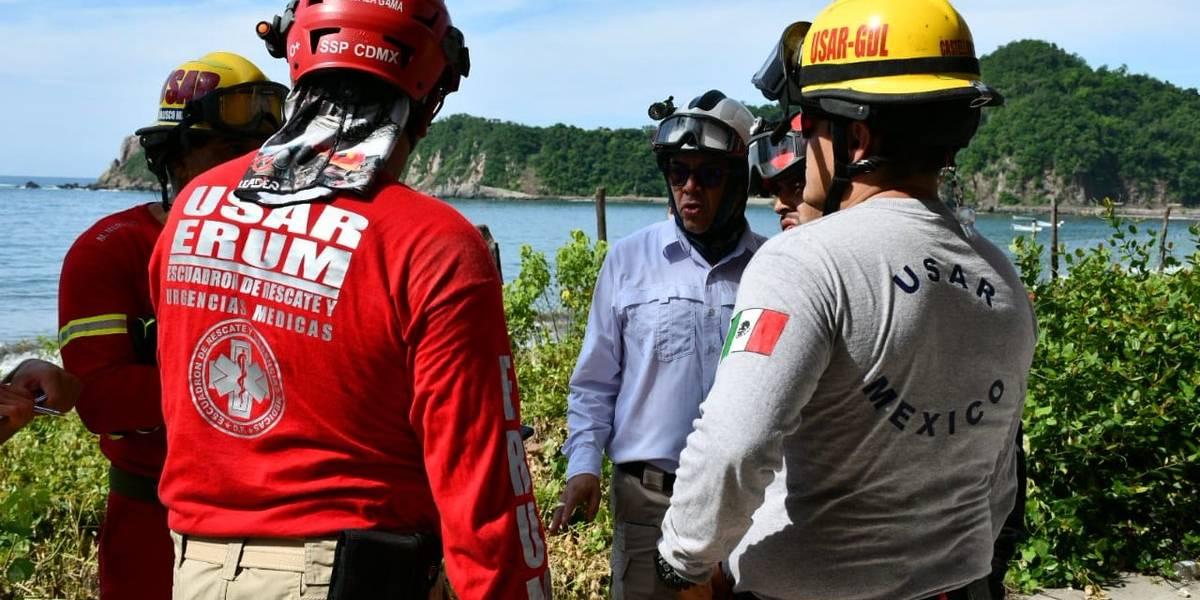 Implementan operativo por presencia de mar de fondo en Jalisco