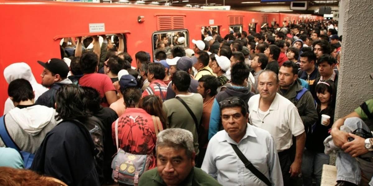 México: Así es como opera una banda de roba celulares en el Metro