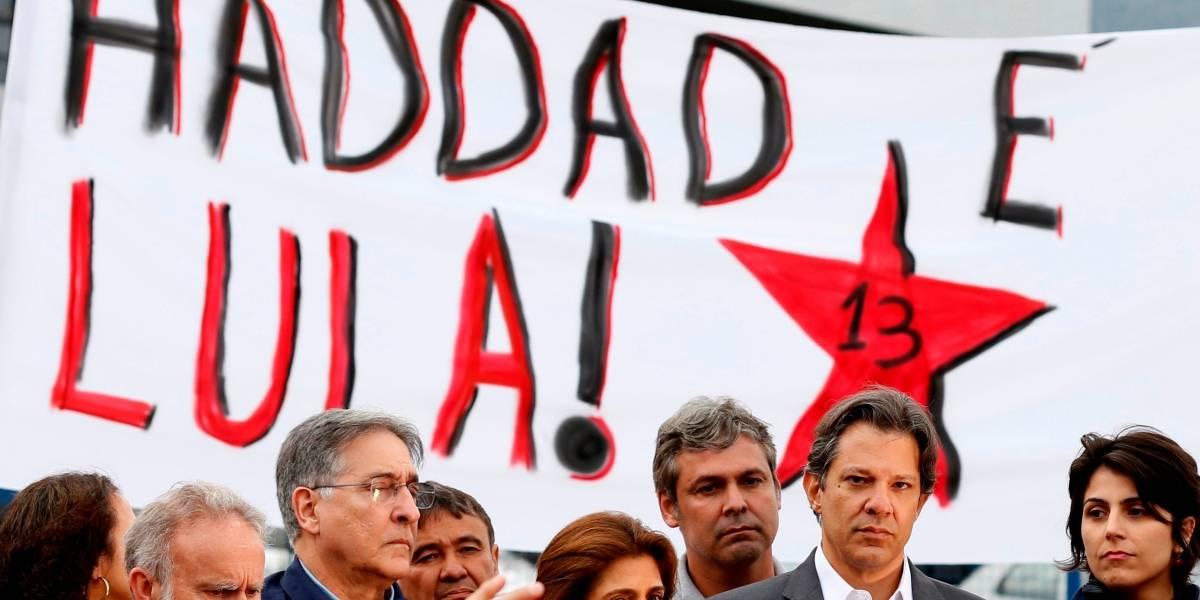 Haddad compartilha bilhete de apoio escrito por Lula