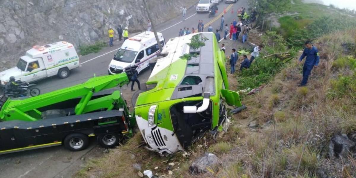 Accidente fatídico de bus que llevaba estudiantes a las pruebas de la Nacional