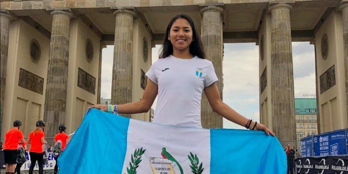 Patinadora Dalia Soberanis pone a Guatemala en lo más alto del podio en Alemania