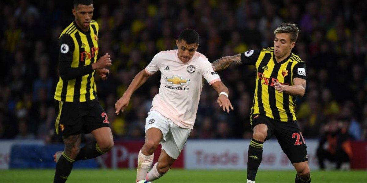 """En Inglaterra critican a un """"frustrado"""" Alexis Sánchez por su actuación con Manchester United"""