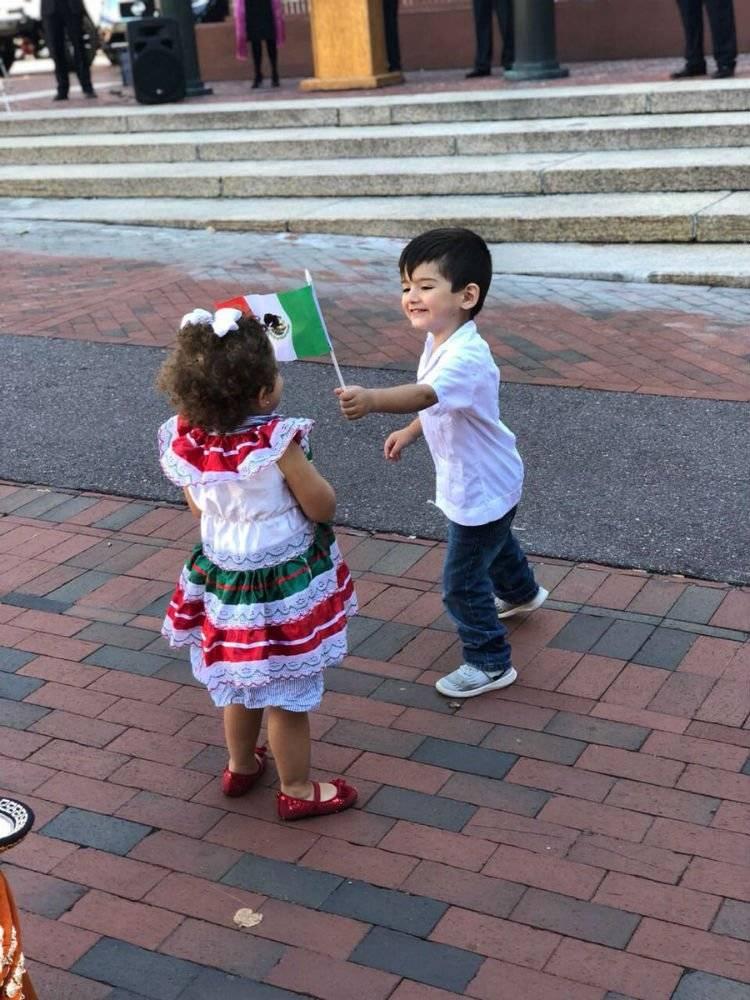 Celebración en Estados Unidos Foto: Twitter @EmbamexEUA