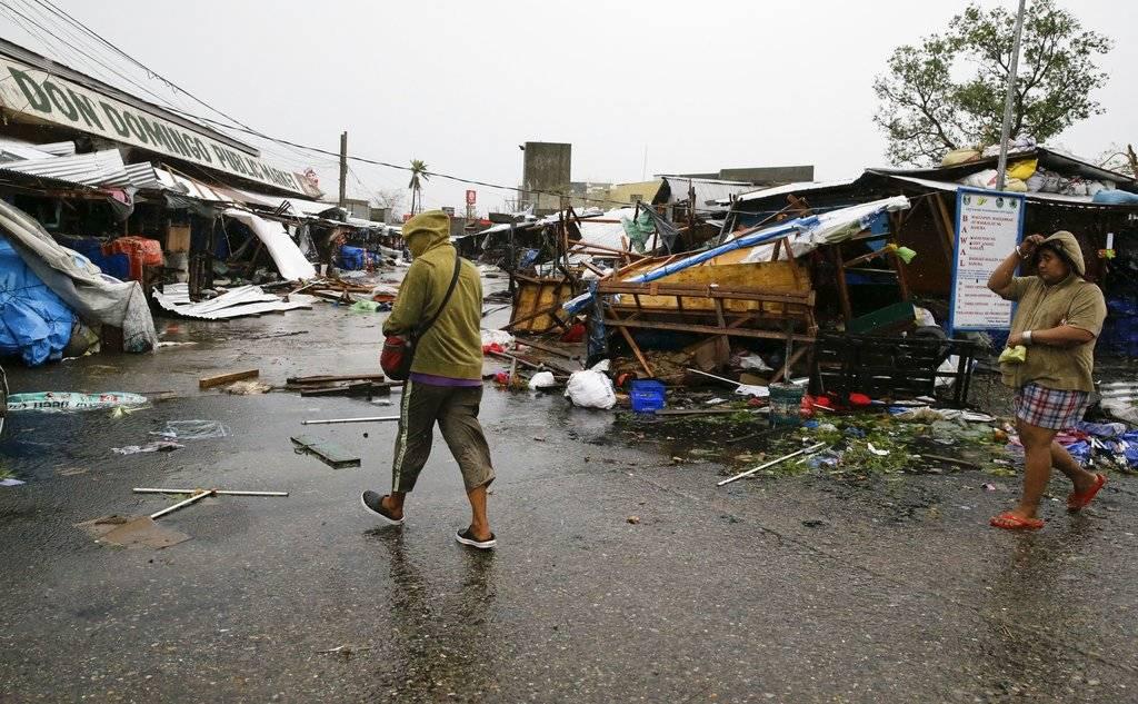 Muchas tiendas y casas sufrieron daños Foto: AP