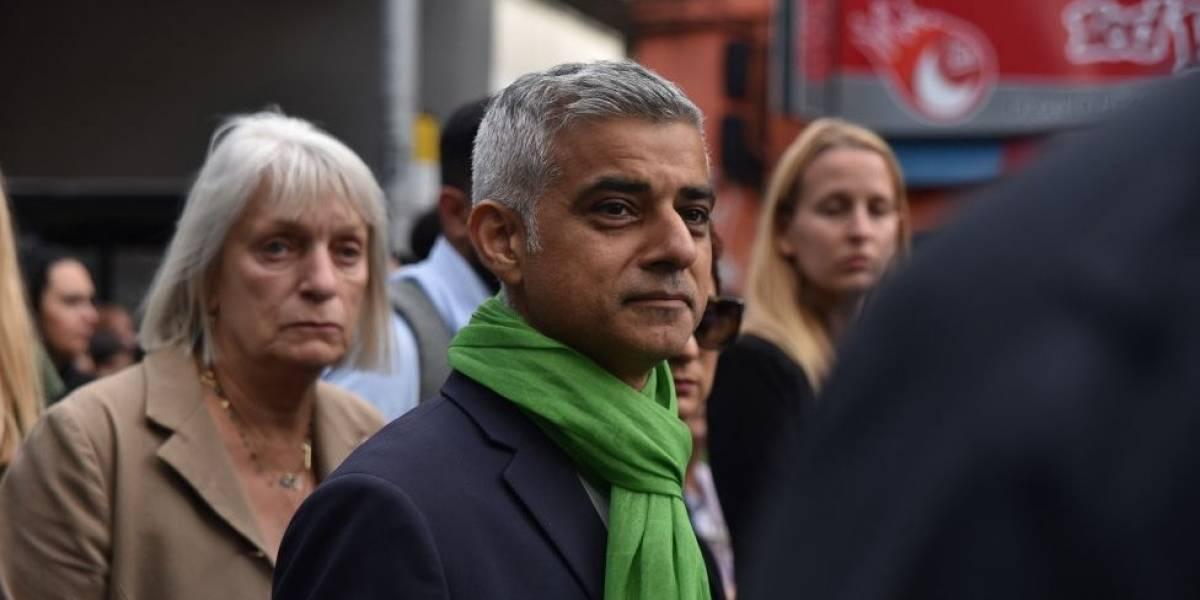 """Brexit: el alcalde de Londres, Sadid Khan, pide que los británicos tengan """"una segunda votación"""" sobre la salida de Reino Unido de la Unión Europea"""