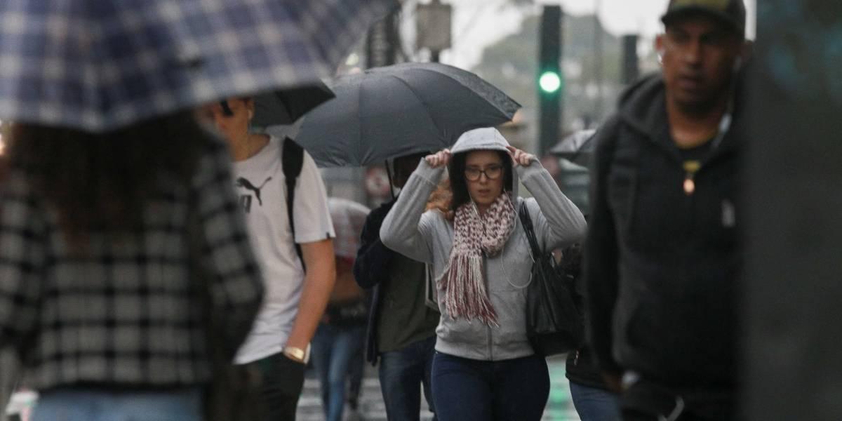 Previsão do Tempo: Chuva deve ocorrer durante toda a segunda em São Paulo