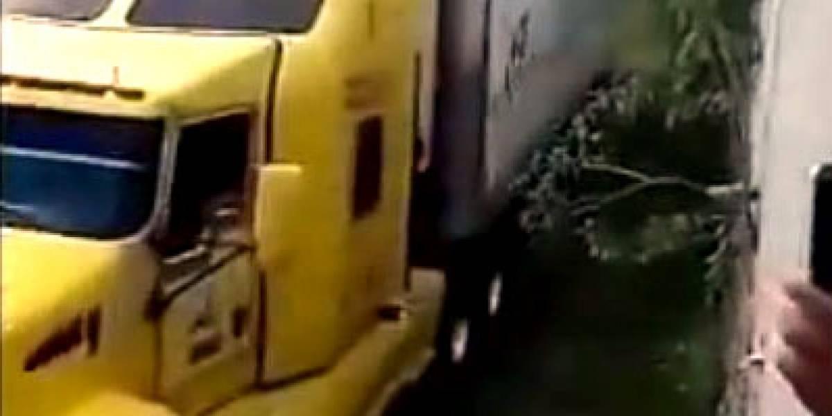 Prevalece la odisea de tráiler con 157 cuerpos en Guadalajara